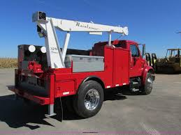 2001 international 4900 service truck with crane item aw98