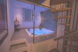 nuit d hotel avec dans la chambre hotel avec privatif ile de indogate chambre luxe avec