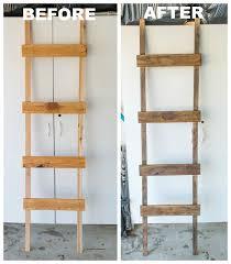 Diy Ladder Shelf Shelves Tutorials by Best 25 Rustic Ladder Ideas On Pinterest Ladders Decorating