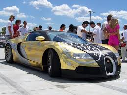 bugatti gold and backgrounds bugatti veyron gold and blue on golden car wallpaper