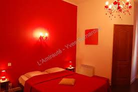 chambre rouge et noir stunning chambre orange et rouge pictures home decorating ideas