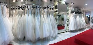 magasin mariage barbes déclaration mariage showroom robes de mariée