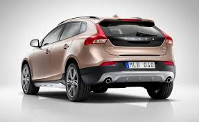 volvo hatchback 2015 volvo v40 cross country review 2013 parkers