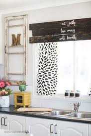 Making A Valance Window Treatment Colour Saturated Life Wood Window Valance Diy Projects