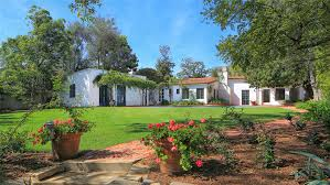 Marilyn Monroe House Address | marilyn monroe s brentwood house for sale variety
