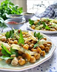 comment cuisiner le fenouil salade de pois chiches fenouil bulbe et graines rôties gratinez