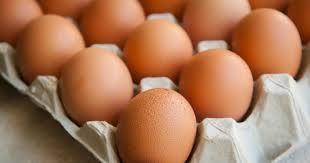 cuisine az frigo pourquoi il est déconseillé de mettre ses œufs au frigo