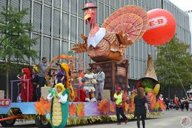 laureen leia heb thanksgiving parade 2015