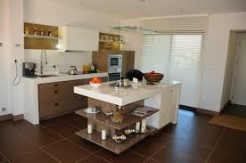cuisine ouverte ilot étourdissant modele cuisine ouverte avec bar avec modele de