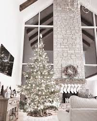 Christmas Livingroom by Super Tall Christmas Tree Will Go By The Blank Wall In The Corner