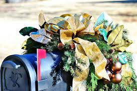 Outdoor Christmas Decorations Hgtv by Christmas Mailbox Decorating Hgtv