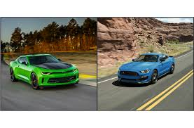 chevrolet camaro sports car chevy camaro vs ford mustang what s the better car to buy