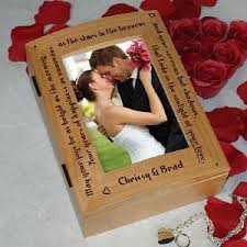 engraved wedding albums 91 best wedding photo frames albums images on bridal