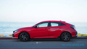 honda civic coupe 2017 2017 honda civic hatchback first drive slashgear