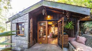 adorable wooden cabin cottage with 750 sq ft in berkeley ca
