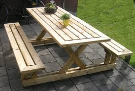 Build Wooden Garden Chair by Build Garden Furniture Himself And A Personal Garden Design