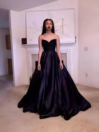 fashionable prom dresses ice modeling professionals