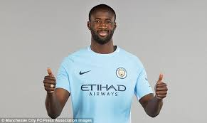 manchester u0027s yaya toure deserves deal daily mail