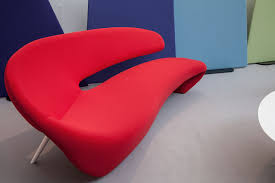 Curved Sofa Designs by Modern Home Decor Brings Fresh Look To Any Room