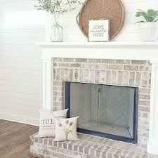 Where To Buy Fireplace Doors by Best 25 Update Brick Fireplace Ideas On Pinterest Painting