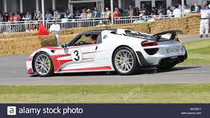 rothmans porsche logo goodwood porsche stock photos u0026 goodwood porsche stock images alamy