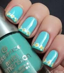 14 pretty daisy nail designs art nails simple nail arts and