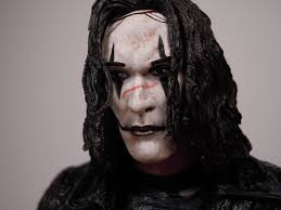 figure review neca the crow u2013 eric draven infinite hollywood