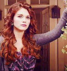 lydia martin hair 19 best lydia martin images on pinterest fanfiction lydia