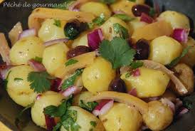 cuisiner les pommes de terre de noirmoutier salade de bonnottes de noirmoutier ou de grenailles à l oignon