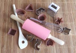 ustensiles de cuisine pour enfant accessoires de cuisine pour enfants le de l îlot éducatif