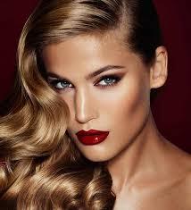 makeup artist class beauty