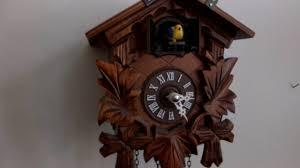 Authentic Cuckoo Clocks Cuckoo Clock Battery Operated Youtube