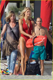 kelli johnson kelly rohrbach sings on set of u0027baywatch u0027 photo 3635596