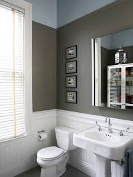 bathroom with wainscoting ideas small bathroom with wainscoting thedancingparent