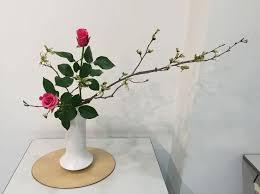 Japanese Flower Arranging Vases Ikebana Flower Arrangement Small Garden Ideas