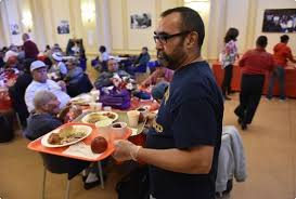 centro hispano offers thanksgiving meal to hundreds reading
