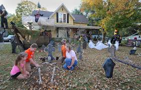 scary halloween yard displays scary halloween yard decorations