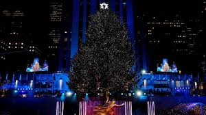 240 and 50 000 lights the rockefeller center tree