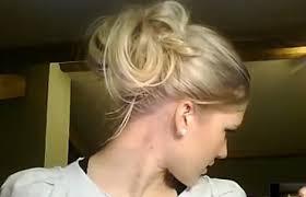 comment cuisiner des chignons vidéo comment faire une coiffure chignon flou ultra rapide astuces