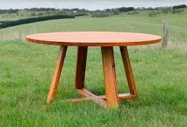 round table number of seats what size do i need my dining table to be