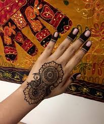 75 henna tattoos that will get your creative juices flowing
