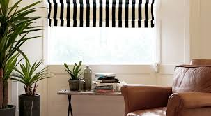 Curtain With Blinds Brunt
