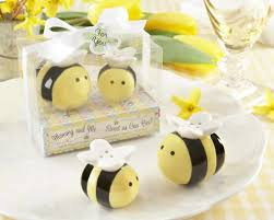 salt and pepper wedding favors bee salt and pepper shakers baby shower favors free custom tags
