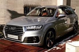 all audi q7 spotted in berlin displayed during festival