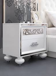 chambre a coucher blanc laqué beautiful chambre blanc laque design pictures matkin info