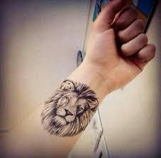 finger tattoo lioness pin by paloma córdova on cool tattoo ideas pinterest tattoo