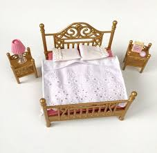 Sylvanian Families Luxury Brass Double Bed Bedroom Furniture Set - Sylvanian families luxury living room set