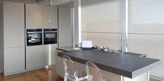 moro arredamenti gallery of cucina laccata in legno con isola artex varenna by
