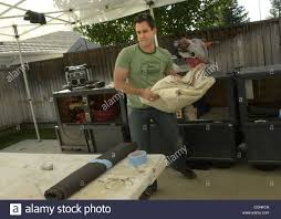 trading spaces in livermore calif on tuesday september 28 2004 joe farrell