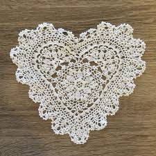 heart shaped doilies strawberry heart shaped doilies white 6 inch set of 12 accent